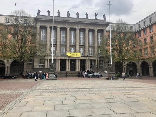 Rathaus in Wuppertal-Barmen